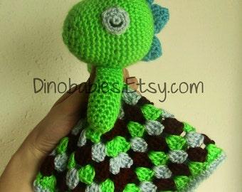 Sleepy Dinosaur Lovie crochet PATTERN