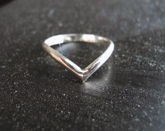 V Chevron Ring 925 Sterling Silver Smooth