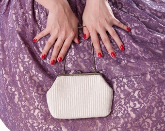 Vintage 1960s Purse White Beaded Clutch Handbag Wedding Bridal Fashions