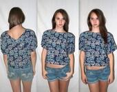 Roam if U want 2 ... Vintage 80s 90s crop top / tshirt t shirt cropped boxy / festival grunge rave club kid seapunk / M L