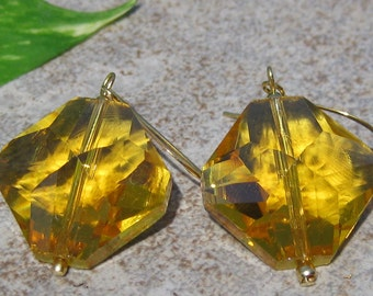 Honeycomb Crystal Earings