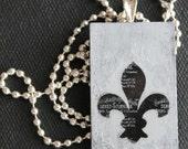 Black and Silver Gray Fleur De Lis Pendant/ Handbag Charm