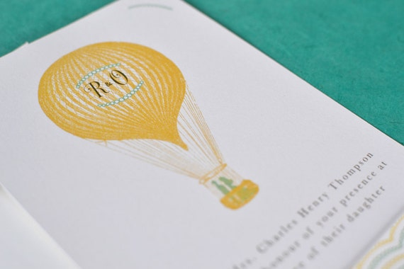 Vintage Destination Wedding Invitation : Monogram Hot Air Balloon Suite - Floating Zeppelin (5 pieces)