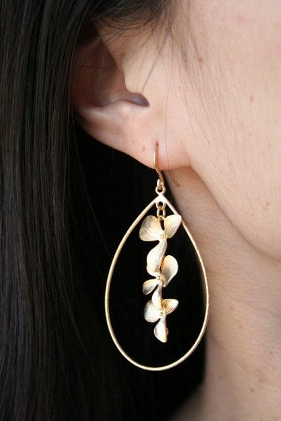 Gold Dangle Earrings. Statement Earrings. Gold Flower Earrings. Simple Earrings. Orchid Jewelry. Orchid Earrings.Dainty.Delicate. Minimalist