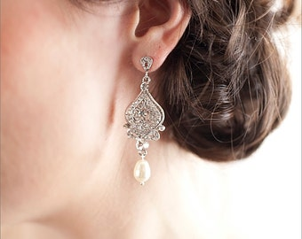 Bridal Earrings, Crystal Wedding earrings, Rhinestone, Bridal Jewelry, Bridesmaids, Alexandra Bridal Earrings