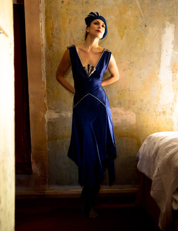 Great Gatsby - Silk 1920's Evening / wedding Dress