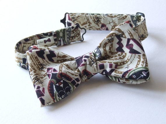 Bow Tie in this beautiful cotton print, freestyle, for men, adjustable.