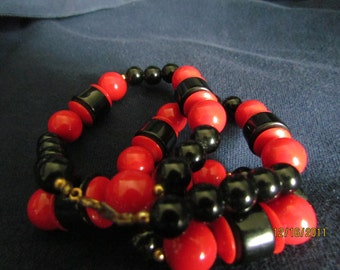 Red & Black Plastic Bead Necklace
