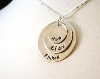 Mother Necklace / Three Disk Layered Family Necklace in Sterling Silver / Mothers Day Necklace / Sterling Silver Family Necklace