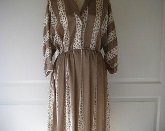 70s beige & white Top Act shirtdress