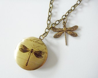 Locket with antiqued Dragonfly , Vintage Vibe
