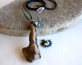 """driftwood pendant """"NEEDLE LACE"""" turkish oya"""