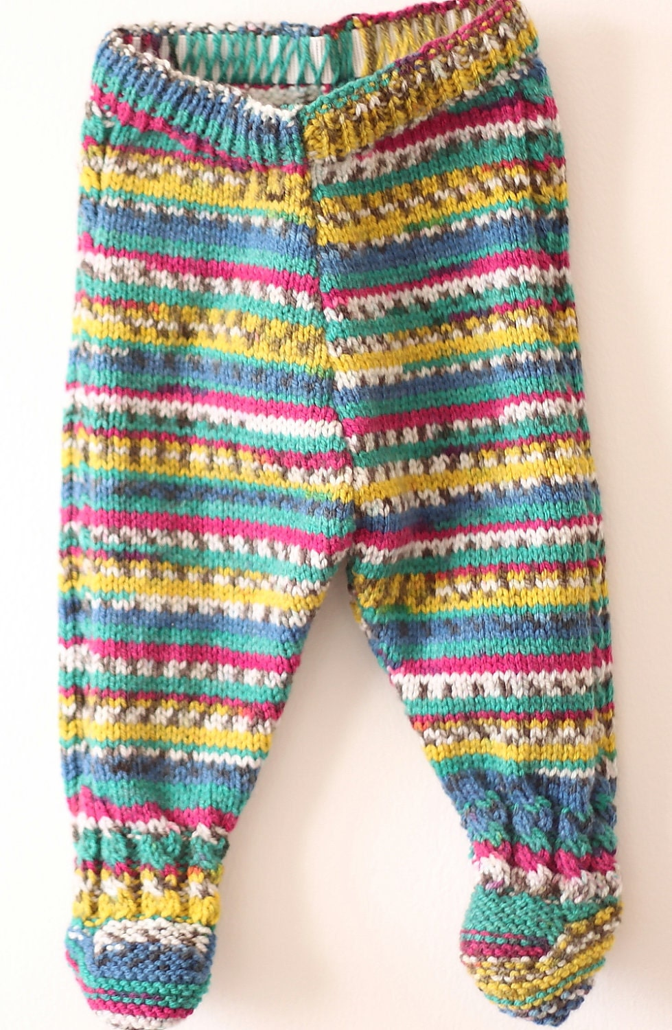Knitted Baby Leggings: 7 colours available by HappyCircus on Etsy