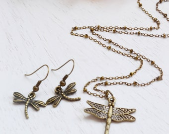Charm Necklace, Dragonfly Necklace and Earrings set, Woodland, Nature Inspired, Dragonfly Pendant, Animal Jewelry, Insect,  Vintage Inspired
