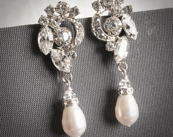 VALORA, Wedding Bridal Earrings, Swarovski Crystal and Pearl Bridal Drop Earrings, Oval Rhinestone Wedding Earring, Vintage Inspired Jewelry