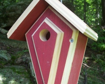 Bird House, Wren BirdHouse, Chickadee House, Hanging Bird Houses, Wild Bird House, Backyard Nest Box, Nest Box For Chickadees And Wrens