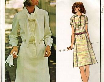 1970's Misses' Dress Vogue Paris Original Pierre Balmain 2827  Size 12  Bust 34