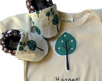 Little Tree Hugger Organic Baby Gift Set- Eco Friendly Organic Bodysuit and Organic Tree Baby Shoes - Baby Clothes Eco-Friendly Top