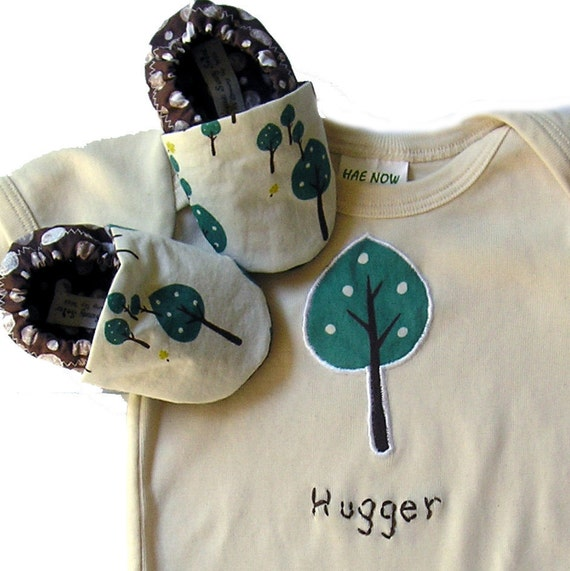 12-18 months LONG sleeve Little Tree Hugger Organic Baby Gift Set- Organic One Piece Bodysuit  and Organic Tree Baby Shoes