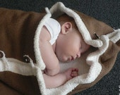 Knitted Baby Blanket in pure white and teddy bear brown colour