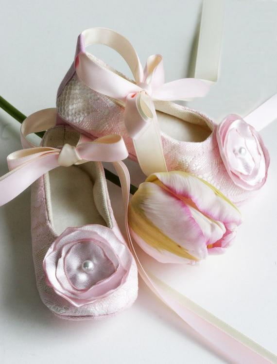 Pink Lace Flower Girl Shoes, Baby Ballet Slipper, Toddler Wedding Shoe, Girls Spring Wedding, Christening Shoe, Crib Shoe, Baby Souls Shoes
