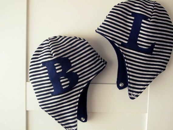 Initial personalized aviator hat, pilot cap for baby boy. Warm and soft jersey. Sizes 0-24 mo. Made to order.