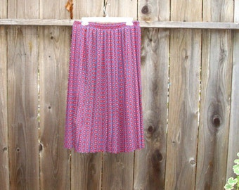 Christmas in July Sale Classic Vintage Pleated Skirt Geometric Radiant Orchid