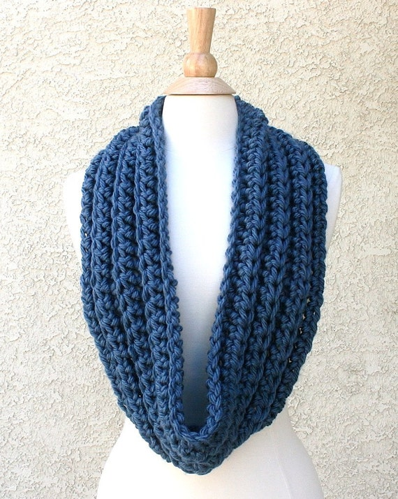 Sale -  WASHINGTON INFINITY SCARF - Super Soft, Thick, Chunky & Cozy Infinity Scarf and Cowl - Blue
