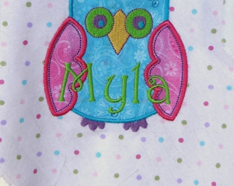 Personalized  Baby Receiving/Swaddle Blanket, Owl Applique