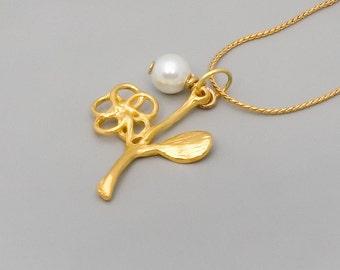 Gold Peal Necklace; Gold Flower Necklace; Leaf Charm Necklace; Bridal Gold Necklace; Bridesmaids Jewelry; Teens Necklace; Unique Necklace