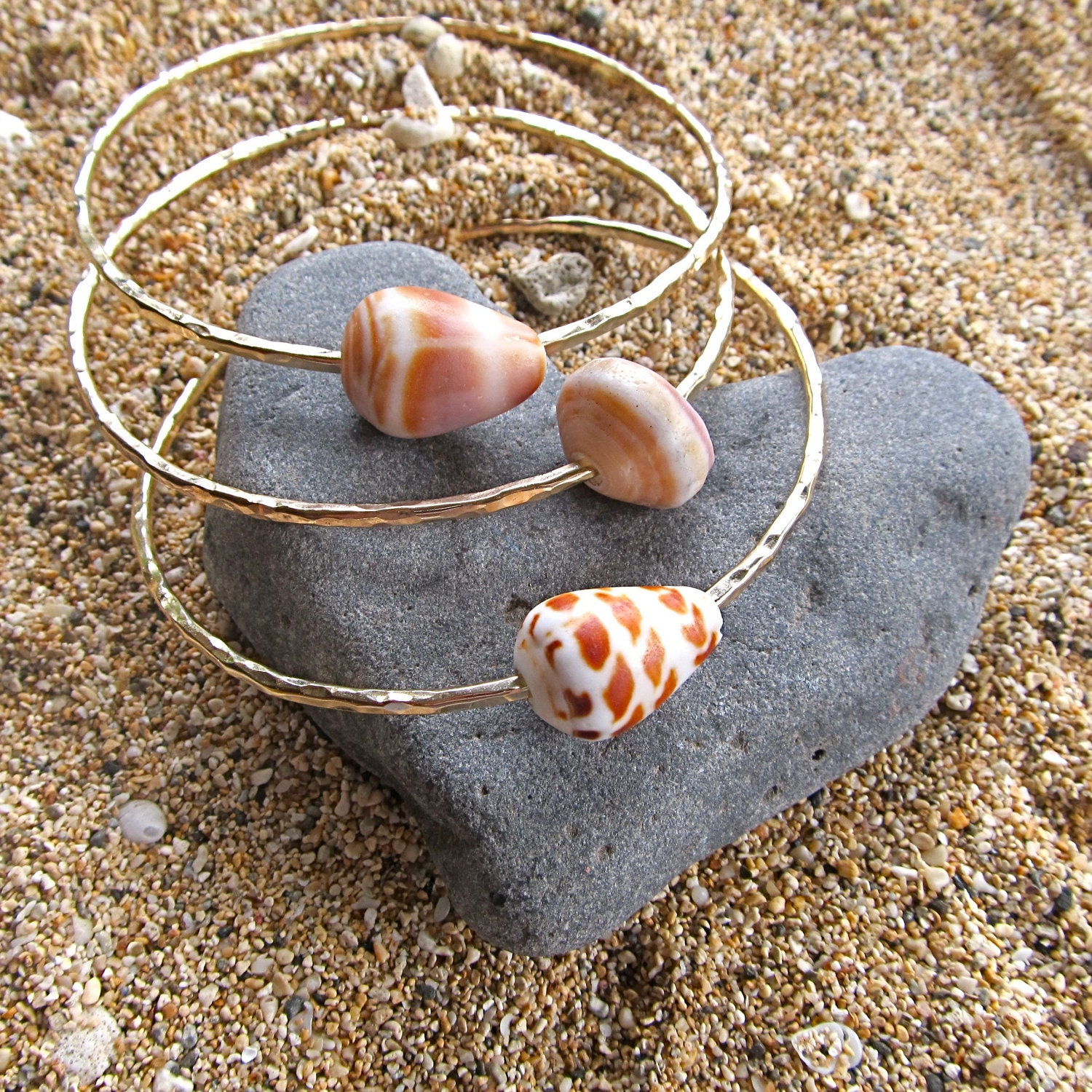 Hawaiian Shell Bangles 3 Gold Hammered Bracelets Maui Hawaii