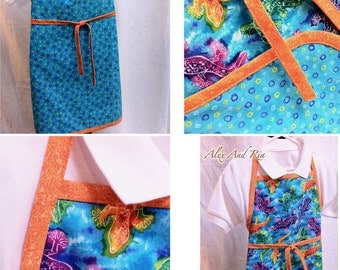 Girl or Boy Reversible Apron Bright Geckos Ready to Ship Christmas Birthday Gift Kids Chef Art Apron Photo Prop Stocking Stuffer