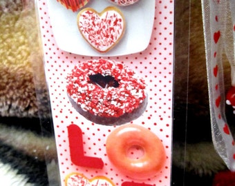 LOVE Donuts Bookmark - Sweets for your Sweet