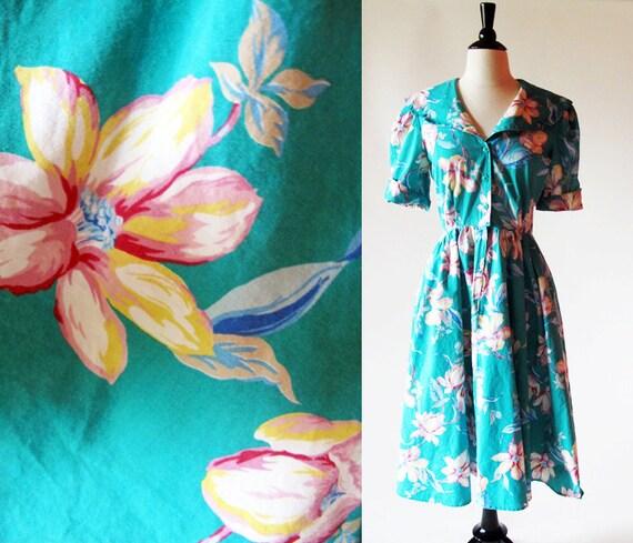 Dress Sale 1/2 off / Cotton 80s Dress /  1980s Blue Floral Print Dress / Sailor Collar Summer Dress