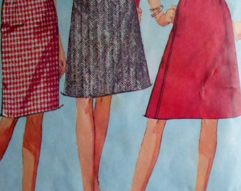 Simplicity 6647 1960s Vintage Sewing Pattern Misses Juniors Pencil or Flared Skirts Waist 24.5-25""