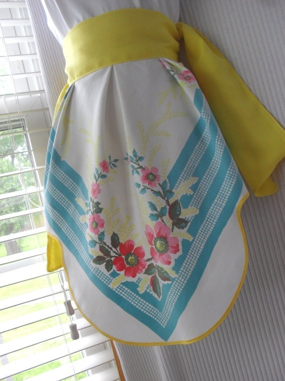 Reserved for Ali - Retro Beauty Half Apron with Yellow Sash