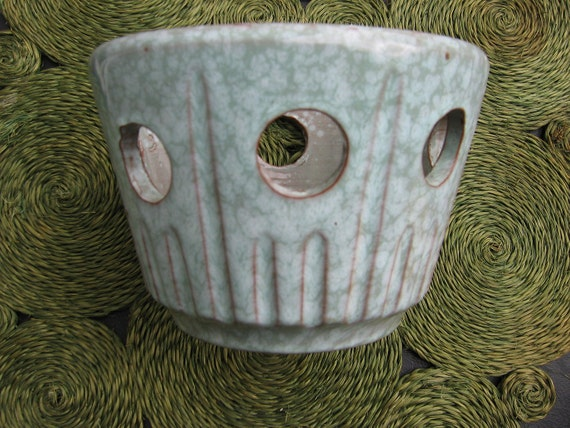 Vintage Modernist Ceramic Planter.  Unmarked 1960's Mod Pot.   Blue green mottled Glaze.