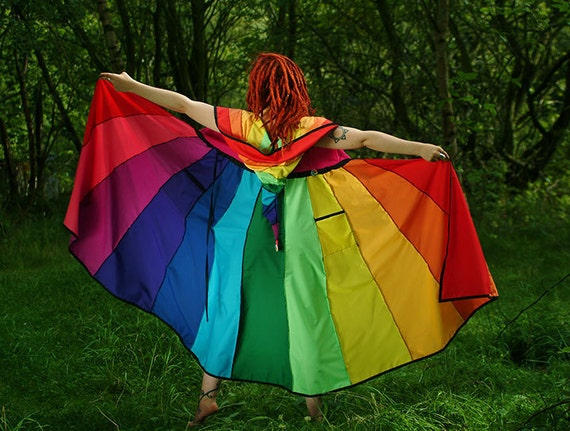 Rainbow* X-long Tournedot Dress. 12 stripe positively pixie hood/short sleeves