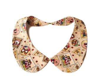 Detachable peter pan collar necklace, cream / beige stamps print