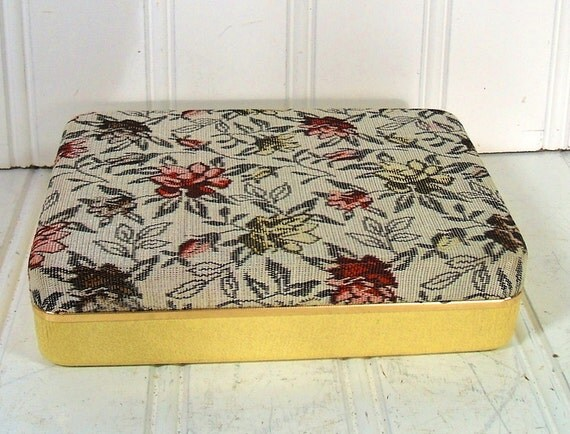 Small Tapestry Linen Travel Jewelry Case - Vintage Floral Fabric Covered Display Box