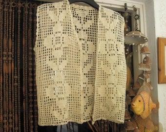 70's Vintage Vanilla Hand-Crocheted Vest - Medium