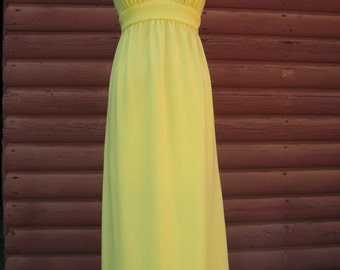 Sale Was 32 now 26! Vintage 1970s Banana Yellow Polyester Collared Halter Dress