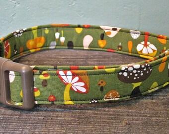Shroom Dog Collar - Green Dog Collar - Woodland Dog Collar - Custom Dog Collar - Adjustable Dog Collar - Mushroom Dog Collar