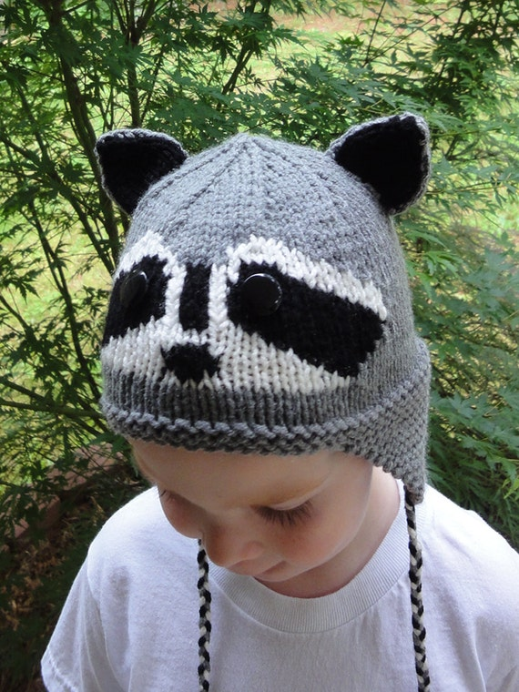 KNITTING PATTERN: Raccoon Hat