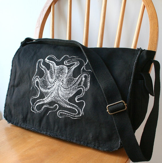 Octopus Messenger Bag Cool Diaper Bag Laptop Carrier Bag for Men Bag for Women