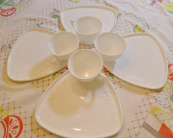 Fabulous Milk Glass 'Smart Set' of Four Cups and Snack Plates in the Original Box