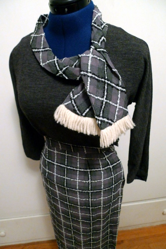 Skirt And Sweater Set 5