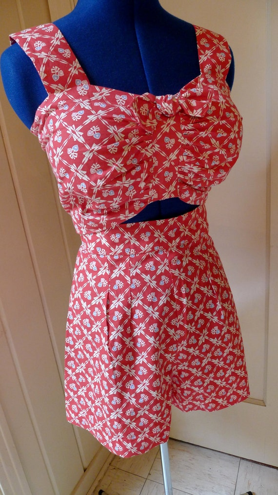 PINK HEARTS and BOWS--1940s Reproduction Halter Top and Shorts Play Suit Sun Suit  Set--S,M