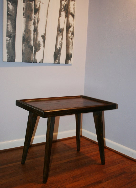 Retro Vintage Mid Century Modern Solid Walnut Wood Side End Table Tray Spay Leg Table Knoll Style
