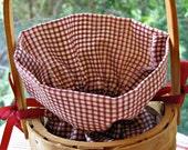 A Tisket a Tasket a Tiny Picnic Basket